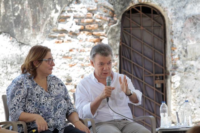 Documentos: la puja y millonario negocio con el Galeón San José que Santos mantiene en secreto