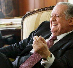 Mico en el Congreso para favorecer a los bancos y a Luis Carlos Sarmiento