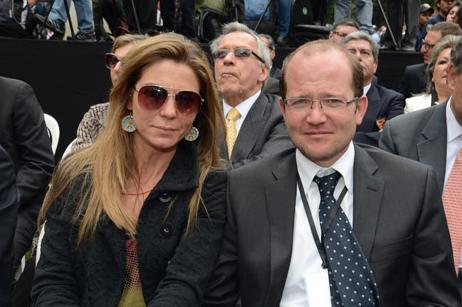 Mermelada de Santos para la esposa de Daniel Samper: Claudia García nueva encargada del postconflicto en Casa de Nariño