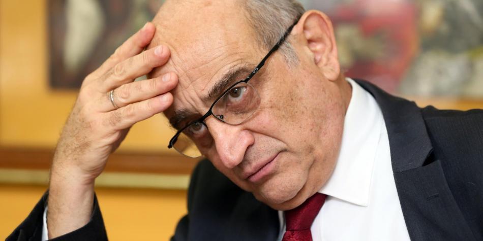 Efromovich se burla de la justicia y argumenta que no es el mandamás en Avianca