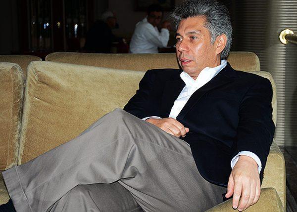 Coronell, en campaña contra los rivales de Santos y Humberto De La Calle